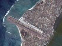 سقوط هواپیما و نجات معجزه آسای مسافران+تصاویر