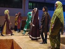 حضور مانکنهای بدحجاب به همراه اجرای رقص ایرانی در نهاد ریاست جمهوری!