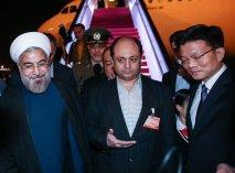 چرا کسی جز معاون شهردار به استقبال روحانی نیامد؟