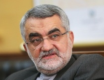 کنگره آمریکا کاری نکند دولت ایران را ملزم کنیم از محدودیتهای پذیرفته شده در توافق ژنو عبور کند