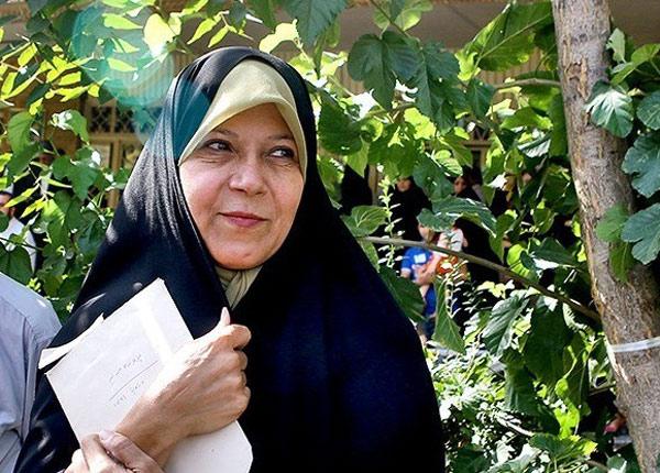 1519642 599 زیر سوال بردن یک حکم قرآنی توسط فائزه هاشمی