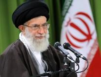 n00492744 b بیانات منتشرنشده رهبر انقلاب در مورد ولادت حضرت بقیةالله(عج)