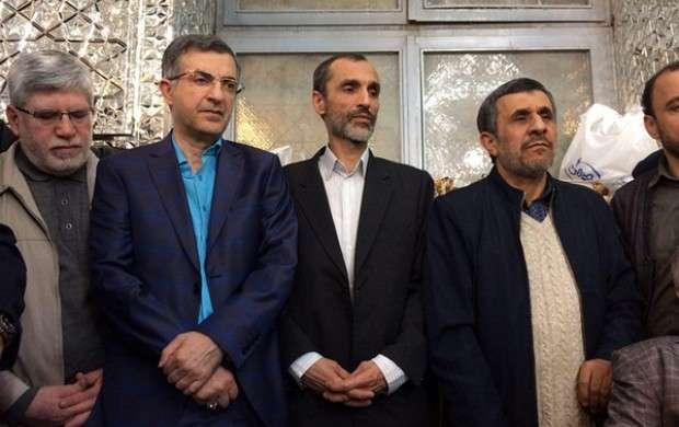 درباره بست نشینی حلقه انحرافی/ احمدی نژاد، هاشمی، لاریجانی و چند نفر دیگر!