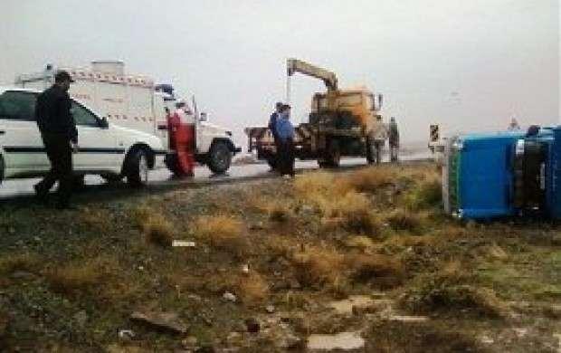 واژگونی نیسان در مازندران ۱۲ مصدوم برجای گذاشت