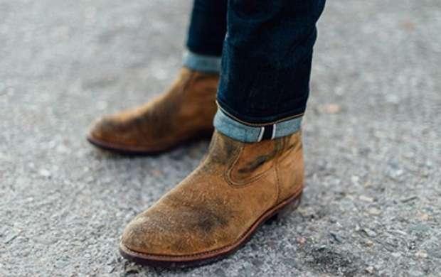 روش تمیز کردن کفش های زمستانی