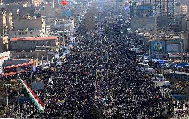 بازداشت نمادین ۲ مفسد اقتصادی تا نمایش تجهیزات نظامی جدید