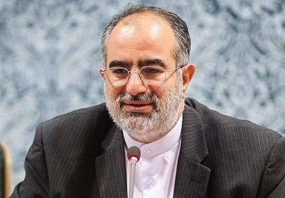 مشاور روحانی: این هفته به نماز جمعه می روم
