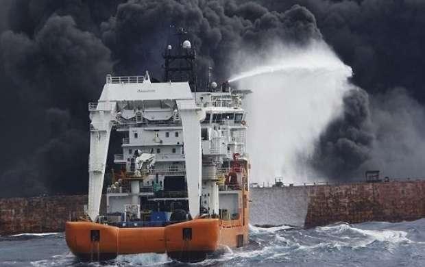 در مراسم تحویل پیکر شهدا اعلام شد ورود غواصان به نفتکش غرقشده سانچی