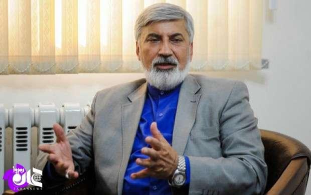 سخنان احمدی نژاد بازی در پازل دشمن است