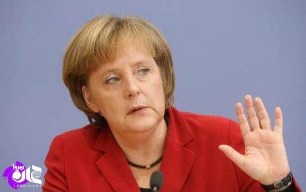 تکرار اتهام زنی مرکل علیه روسیه، ایران و سوریه