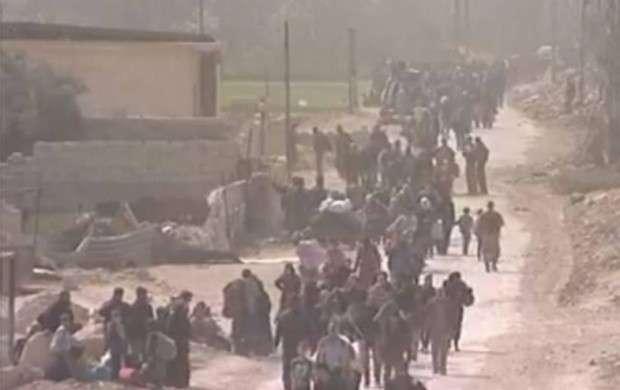 خروج ۱۰ هزار غیر نظامی از «غوطه شرقی» +عکس