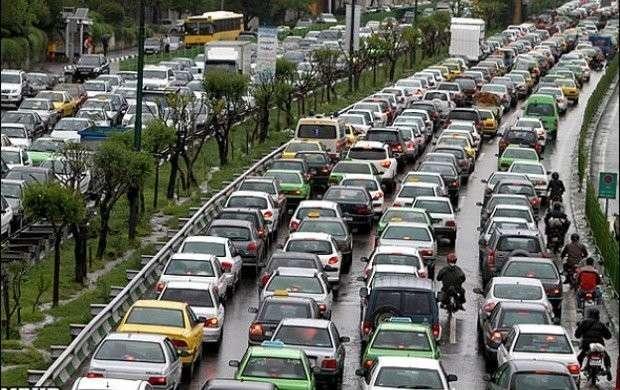 ترافیک نیمهسنگین در هراز و آزادراه کرج - قزوین