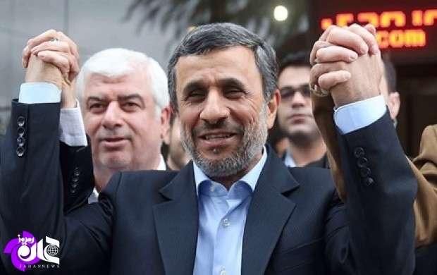 طرفداران احمدی نژاد در بدنه و ساختار قدرت چه کسانی هستند؟/ منظور حلقه انحرافی از گفتمان تاکید بر مردم چیست؟/ احمدی نژاد در این چندماه چه بلایی سرخودش آورد؟