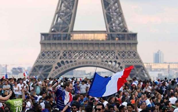 شادی هواداران فرانسه پس از قهرمانی