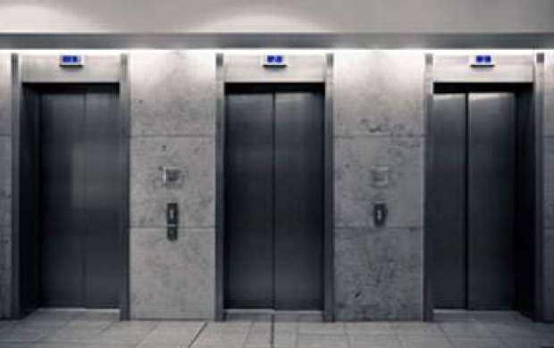 حبس روزانه ۱۰ نفر در آسانسور به دلیل قطعی برق