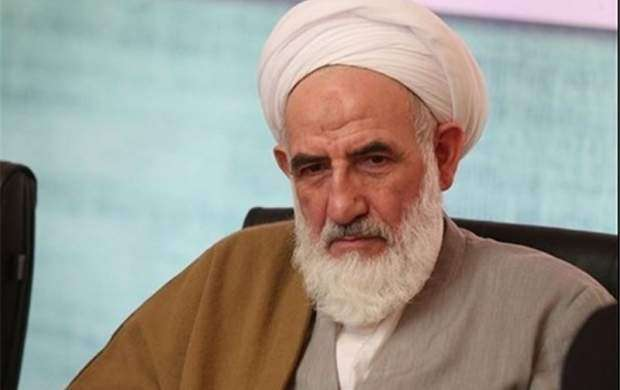 آیت الله تهرانی یکی از نقاط قوت انقلاب اسلامی بودند
