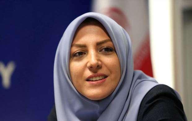حمله کفتارهای مجازی به گوینده خانم شبکه خبر