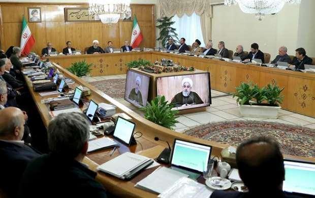 یک خبر عجیب/ ۴ وزیر روحانی ۴۱ مشاور دارند!