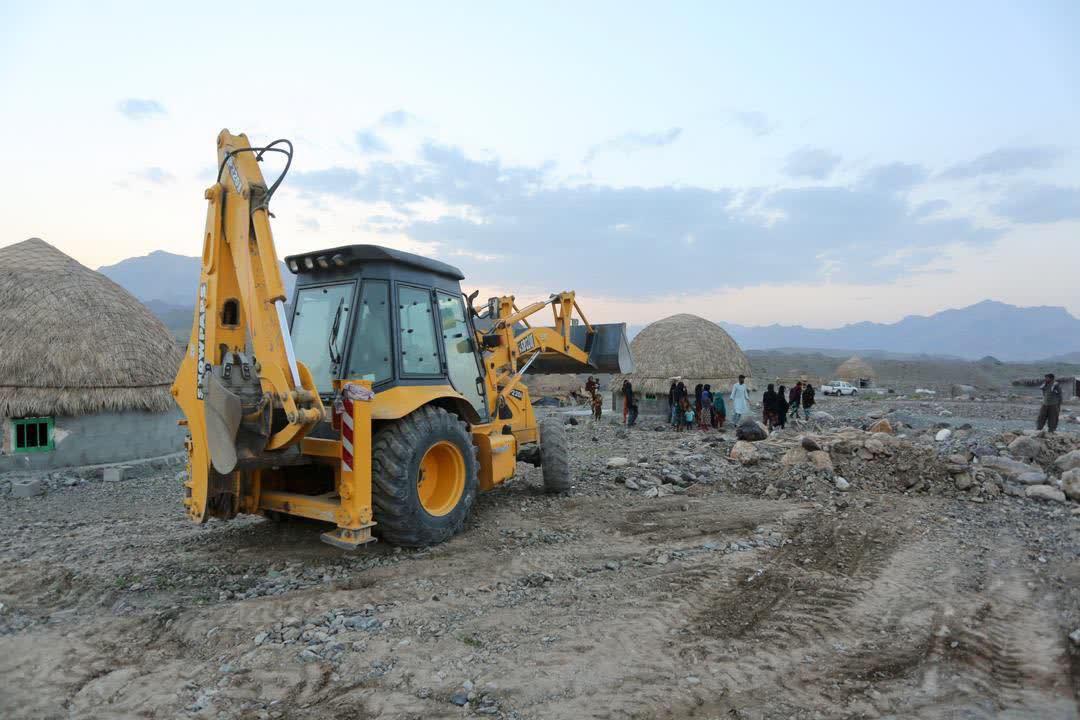 افتتاح چند طرح عمرانی و تولیدی در قلعه گنج - 13