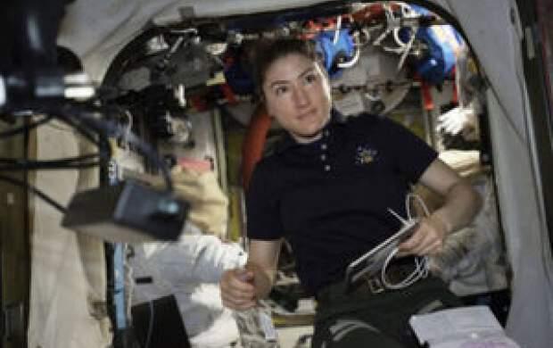 زنی که به دنبال رکورد اقامت در فضاست