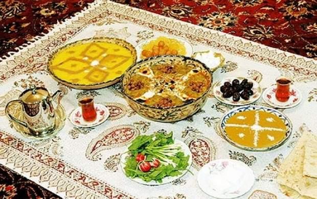 در ماه رمضان اول افطار کنیم یا نماز بخوانیم؟