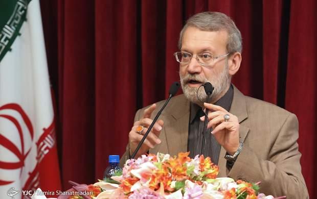 لاریجانی: نظرات افراد در قوه قضاییه جناحی نباشد!