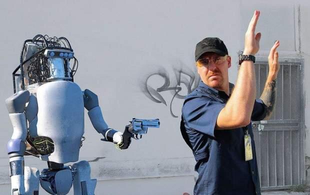 زنگ خطر انقلاب رباتها به صدا درآمد