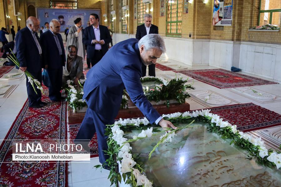 عکس/ ادای احترام نوبخت به شهید بهشتی