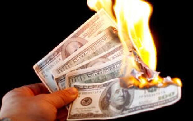 نشانههای جدی از آغاز فروپاشی سلطه دلار