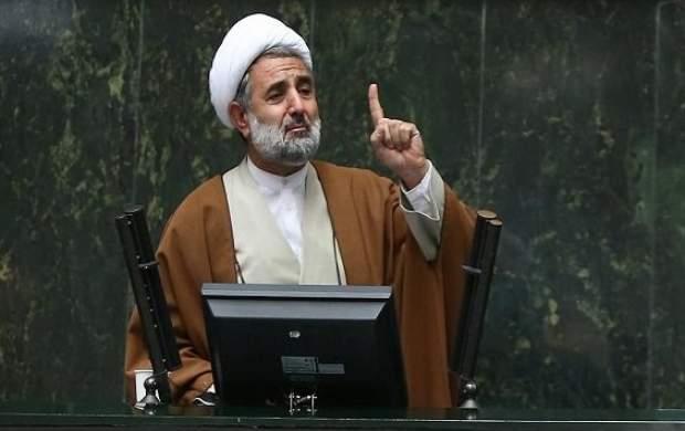 کدام نماینده مجلس مسافرکشی میکند؟ +عکس
