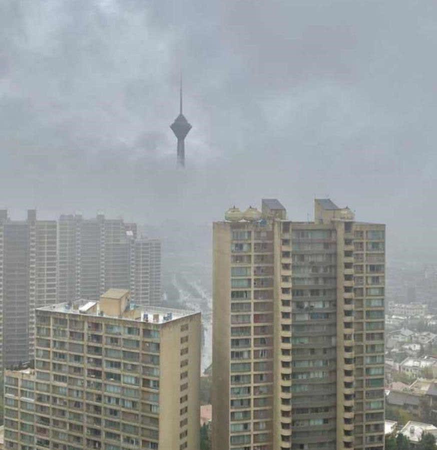عکس ترافیک تهران برج میلاد
