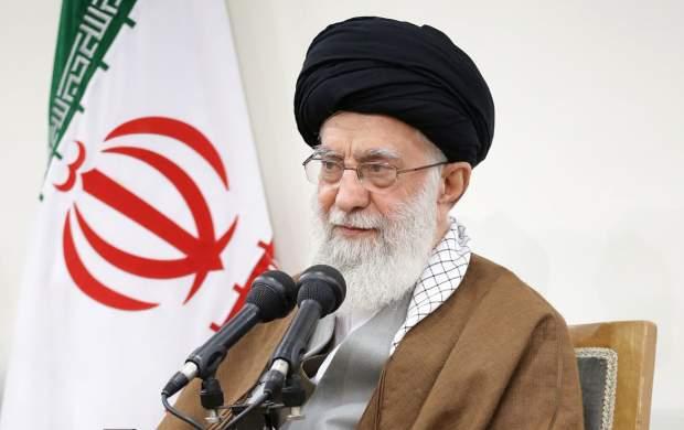 ایستادگی ملت ایران، آمریکاییها را عصبانی کرده و برای دنیا جذاب است/ از فرصت حج برای تببین الگوی مردم سالاری دینی استفاده کنید