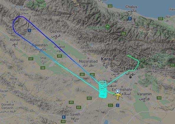 آخرین وضعیت پرواز 9716 تهران استانبول/ فرود اضطراری هواپیمای مسافربری در فرودگاه مهرآباد +تصاویر