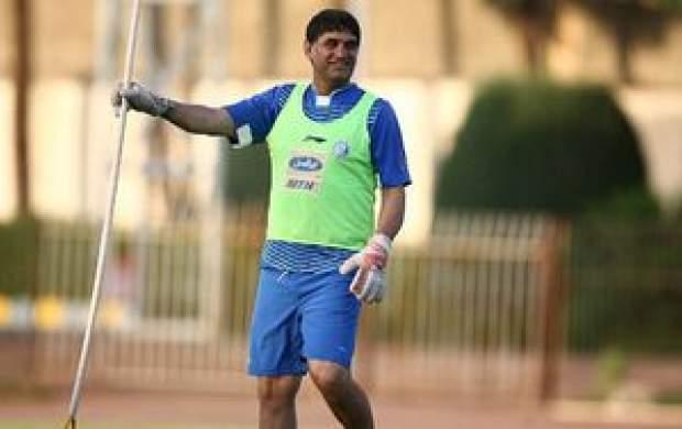 غلامپور: دنیا دنبال کروناست ما دنبال فوتبال!