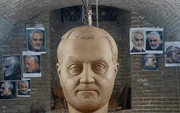 رونمایی از بزرگترین تندیس شهید سلیمانی