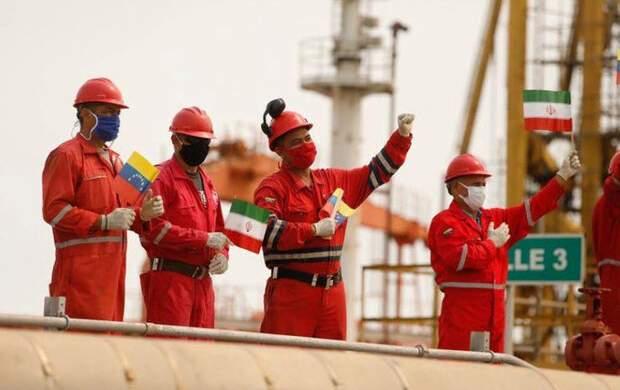 بنزین ایران به جایگاههای سوخت ونزوئلا رسید