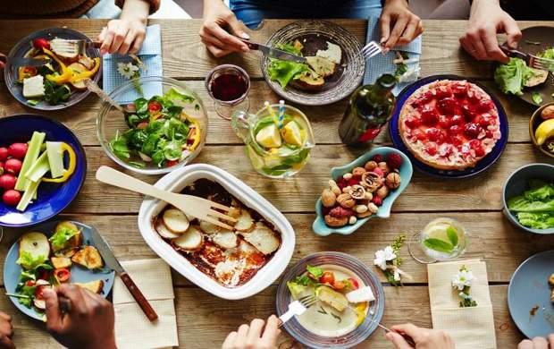 شبها چه غذایی بخوریم که چاق نشویم؟